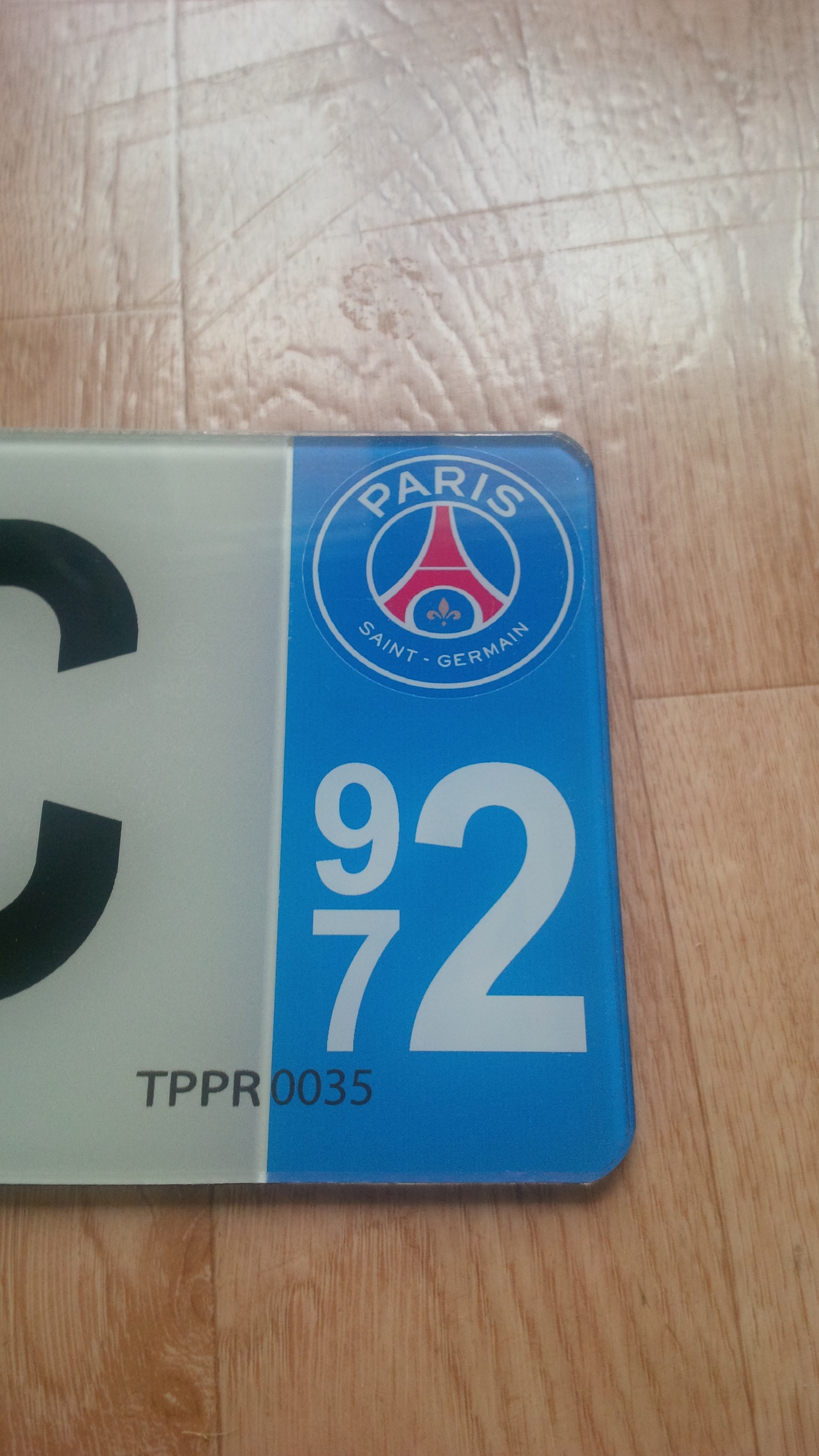 plaque immatriculation plexiglass d partement au choix et logo paris saint germain. Black Bedroom Furniture Sets. Home Design Ideas